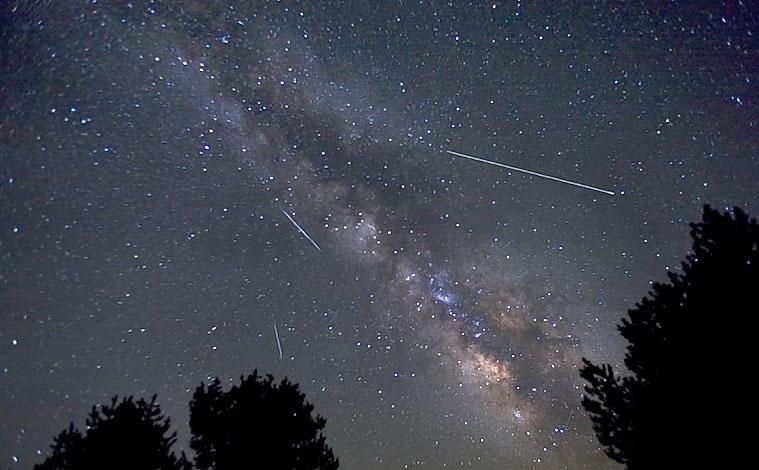 Жители России смогут наблюдать метеорный поток Лириды доконца апреля