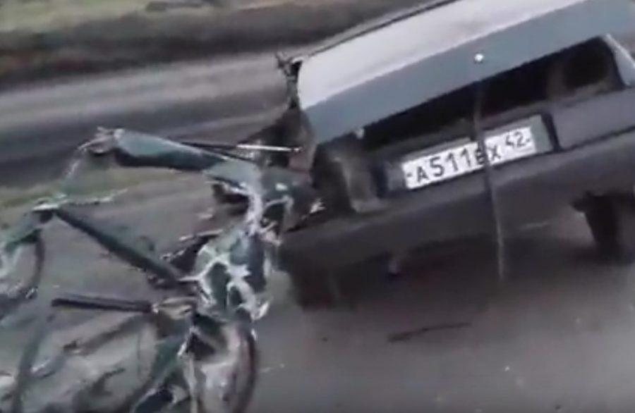 В Кузбассе ВАЗ-2109 врезался во внедорожник, один человек погиб