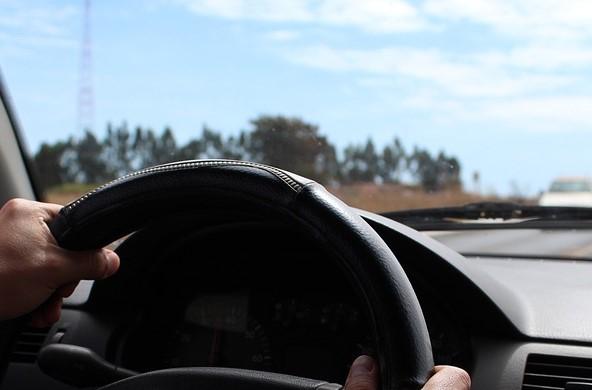 В Новокузнецке ГИБДД разыскивает водителя, насмерть сбившего пешехода