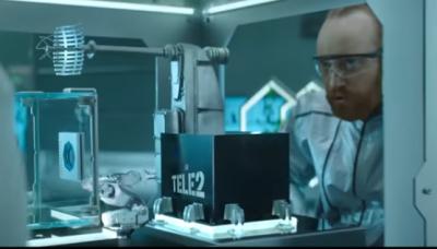 Видео: «учёные» проверили тарифы Tele2 в химической лаборатории