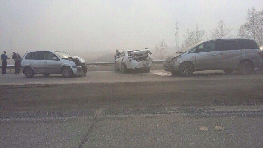МВД: на кузбасской трассе столкнулись 11 машин, пострадавших нет