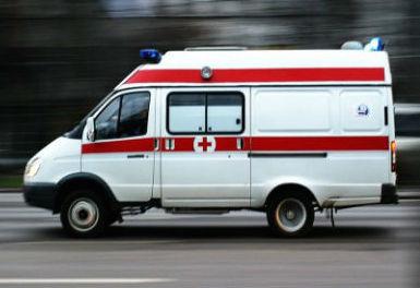 В Кемеровском районе на трассе неосторожный обгон завершился ДТП, пострадали трое