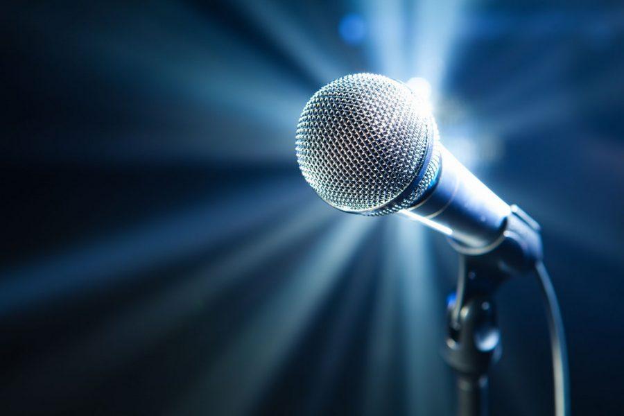 Клиент столичного караоке-бара разбил телевизор из-за песни Басты