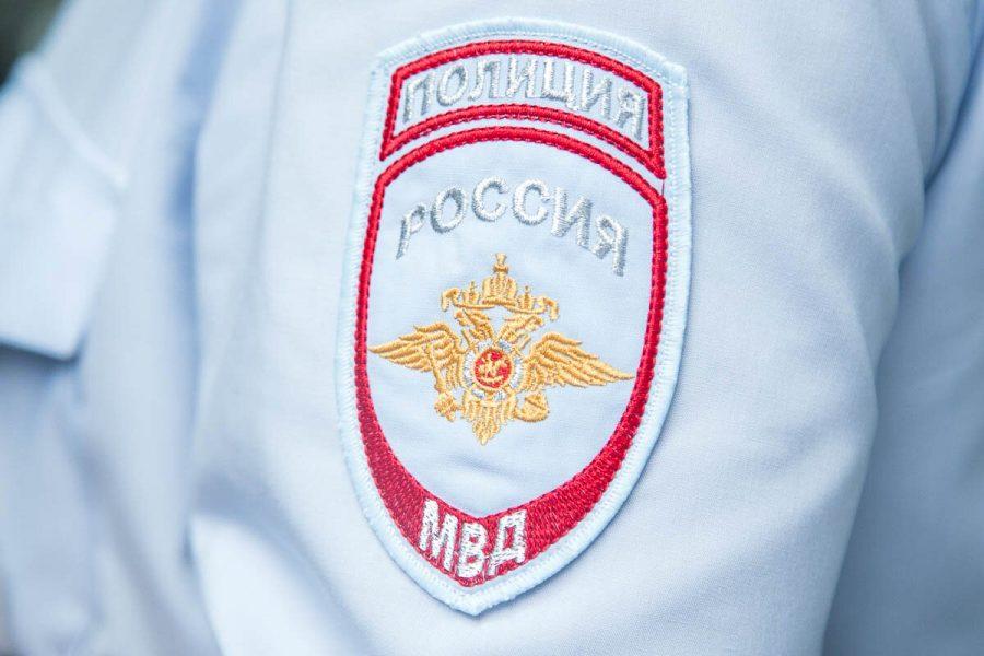 МВД: кемеровский пенсионер, ранивший из пистолета 14-летнюю девочку, был пьяным