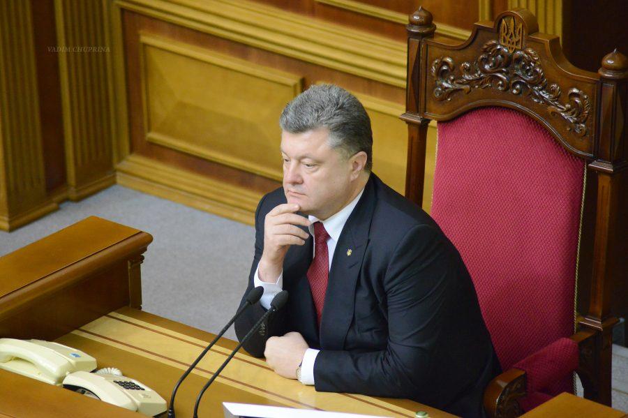 Президент Украины не выдержал критики и ретировался под крики «брехло»