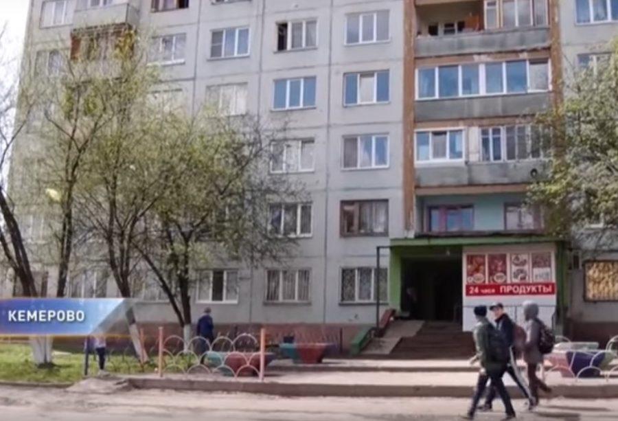 В кемеровской общаге тело умершего мужчины пролежало неделю в закрытой комнате