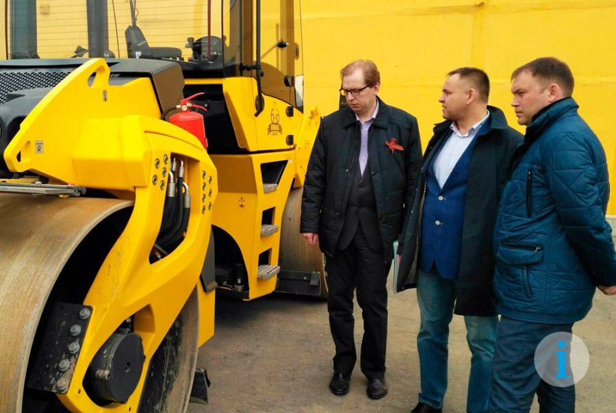 Илья Середюк проверил работу дорожно-строительной компании в Кемерове