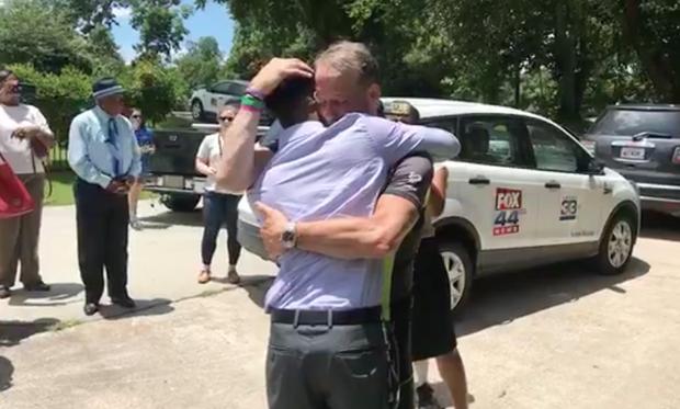 Житель америки проехал навелосипеде неменее 2250 километров, чтобы услышать сердцебиение умершей дочери