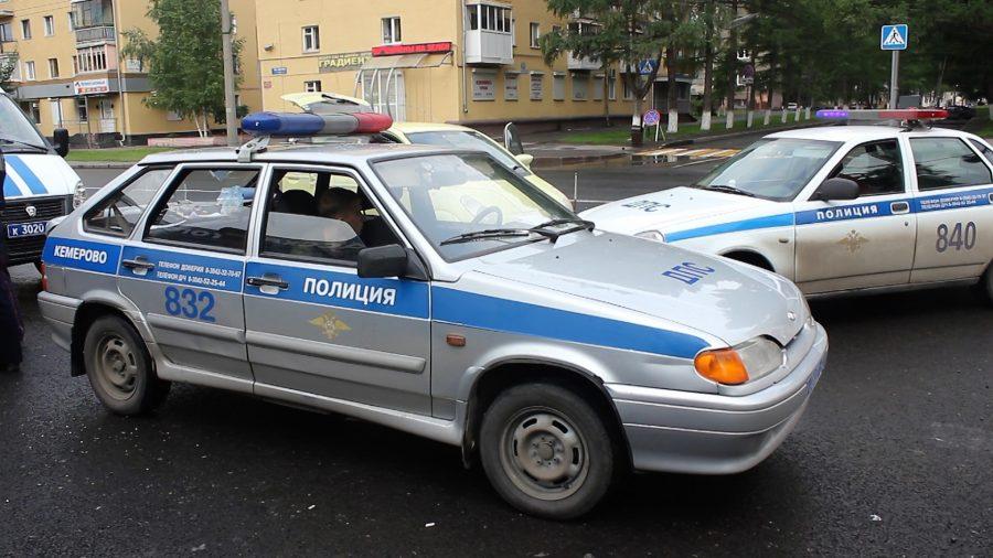 ВКемеровое сторож обокрал СТО иугнал автомобиль