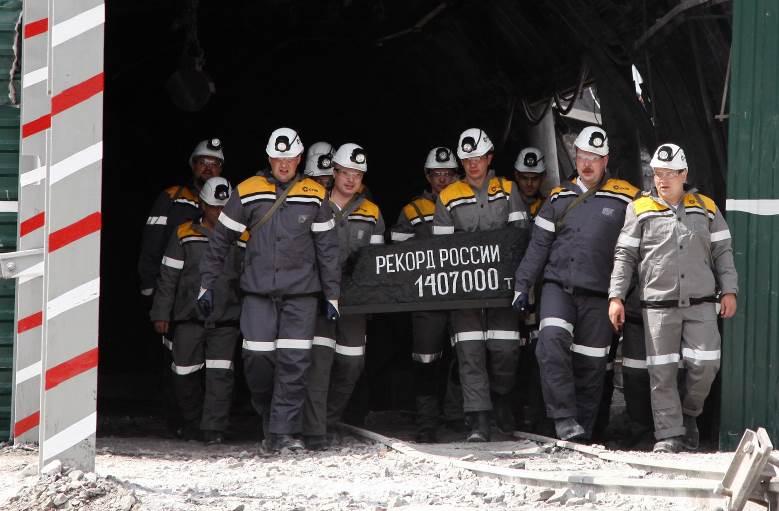 На шахте АО «СЭУК-Кузбасс» установили российский рекорд месячной добычи