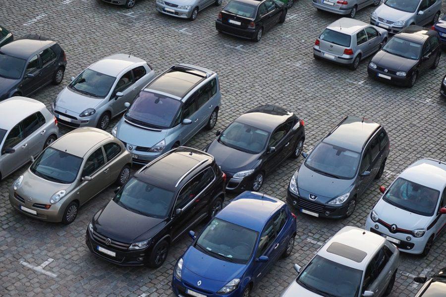 Запоследний месяц в РФ 25 дилеров изменили цены насвои автомобили