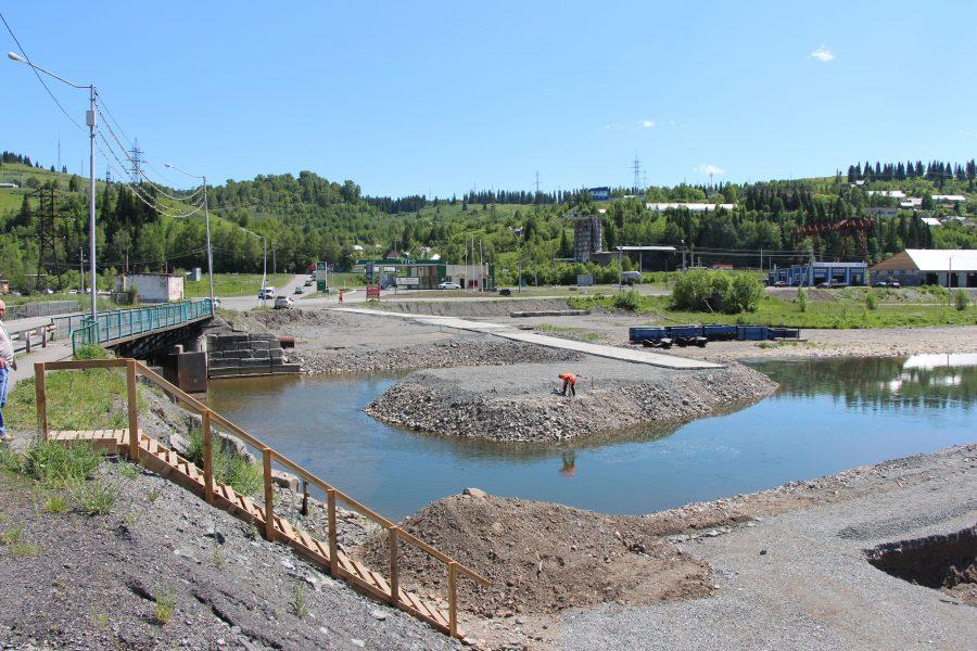 В Таштаголе на реконструкцию дороги и строительство моста потратят 304 млн рублей