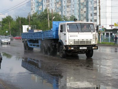 Житель Казахстана приехал в Кузбасс за КамАЗом и перевёл мошеннику 180 тысяч