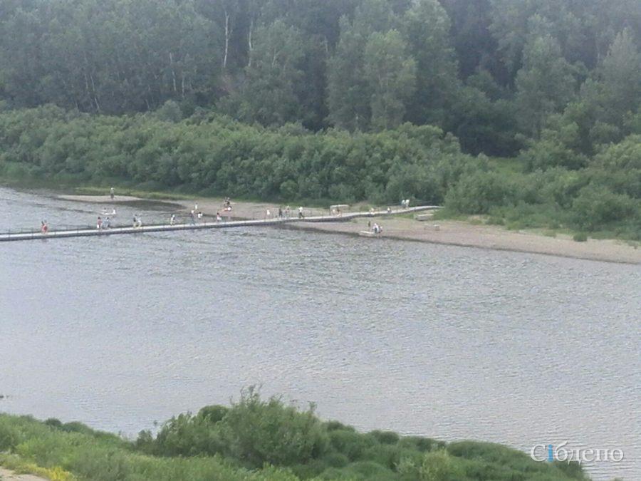 В Кемерове открыли понтонный мост через Томь