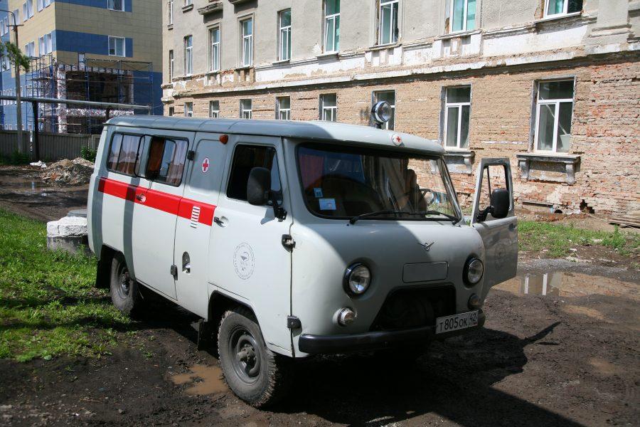 В Киселёвске водитель «Лады» погиб при столкновении с автобусом