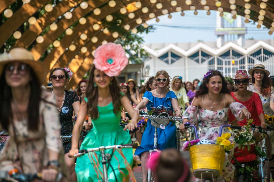 Кемеровчанок приглашают поучаствовать в костюмированном велопараде