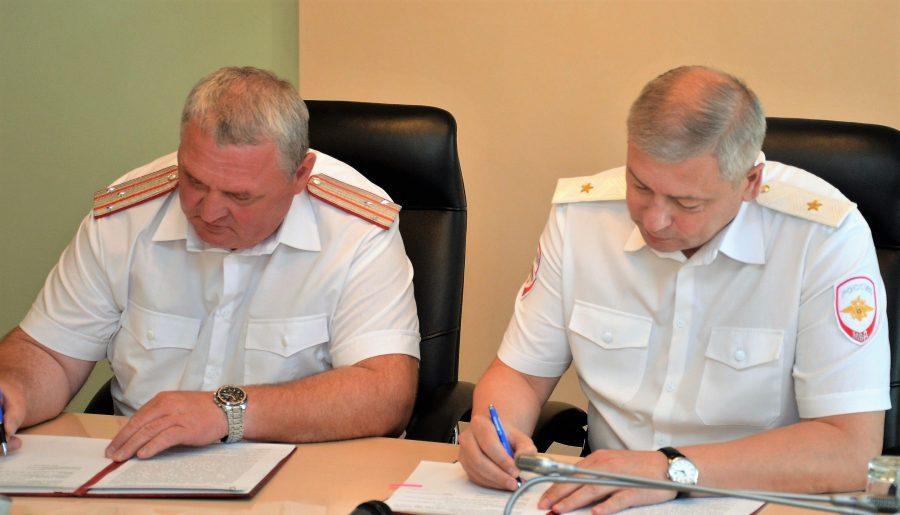 В Кузбассе полиция и казачество подписали соглашение о сотрудничестве