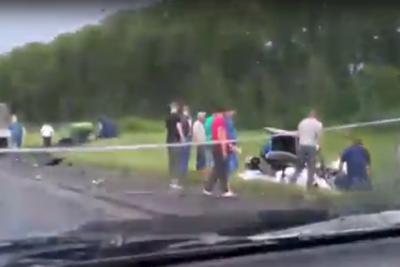 ГИБДД Кузбасса: при столкновении автоцистерны и Toyota погиб один человек