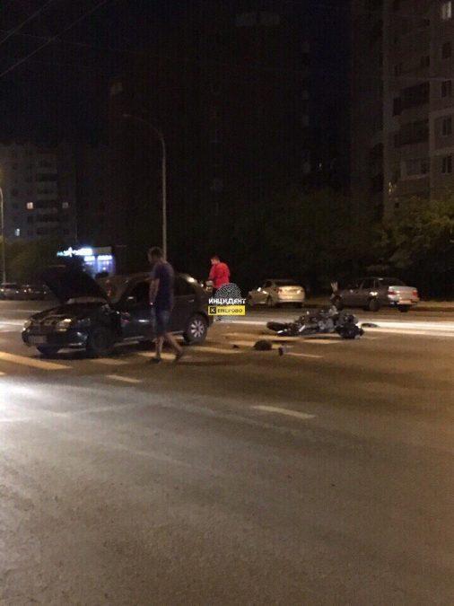 В Сети опубликовали фото последствий ДТП с участием мотоциклиста в Кемерове на ФПК