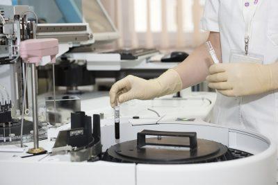 СМИ: с 2018 года жителей России будут чаще обследовать на рак