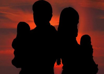 В России семейные пары могут определять опекуна ребёнку на случай своей смерти