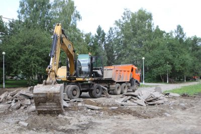 В Кемерове на 90% завершили демонтаж центральной части бульвара Строителей