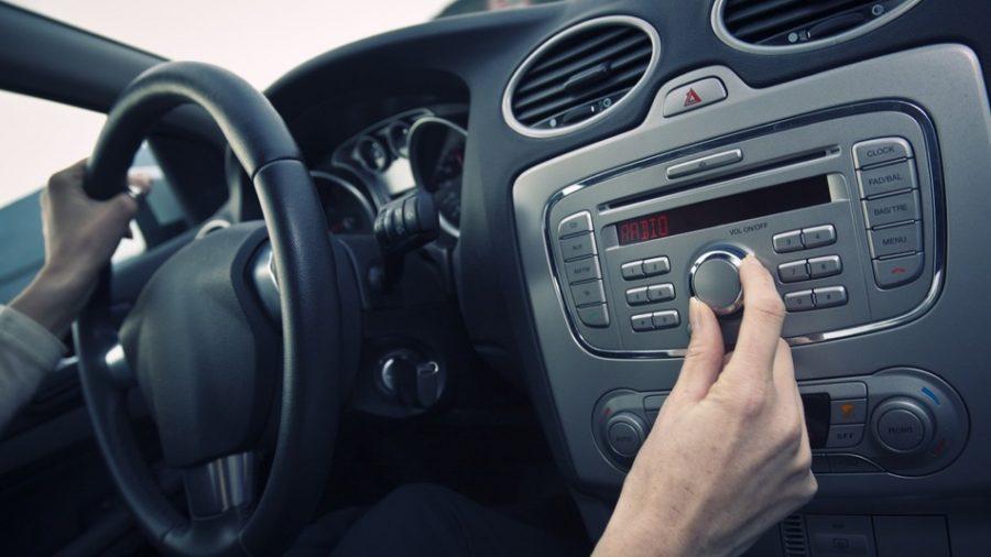 Новый Jaguar Land Rover оснастят двумя сервисами «Яндекс»