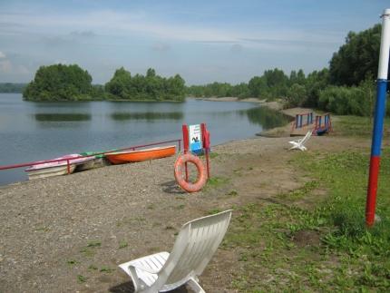 В Кузбассе начали закрывать места отдыха у воды и пляжи Сейчас в области остались 29 пляжей и 50 мест отдыха у воды