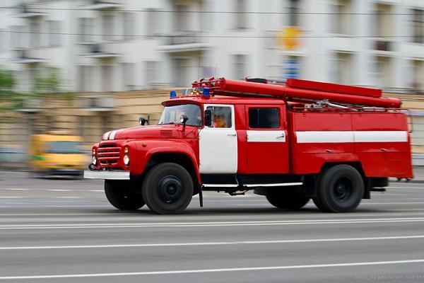 В Новокузнецке горела иномарка
