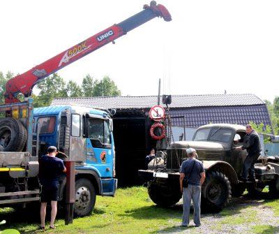 В Кемерове снесли незаконно построенный 20 лет назад гараж, в котором хранили военную технику