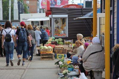 В администрации Кемерова рассказали об опасности уличной торговли