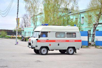Видео: в Прокопьевске водитель Ford без прав протаранил Nissan, пострадали два человека