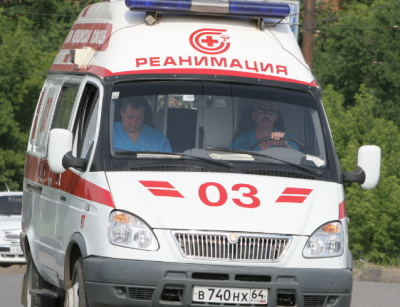 В Кузбассе ребёнок попал в реанимацию после травмирования на спортивной площадке