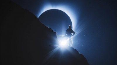 В Сети опубликовали фото и видео грандиозного затмения в США