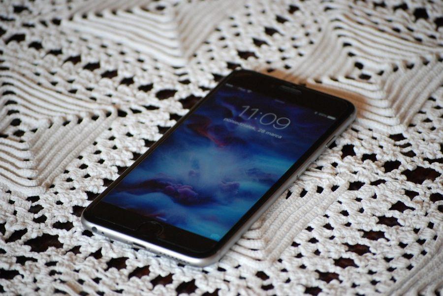 Хакеры нашли простой способ взломать iPhone
