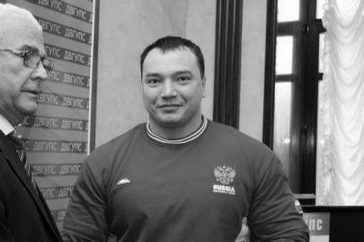 Чемпион мира по пауэрлифтингу Андрей Драчёв погиб в уличной драке в Хабаровске