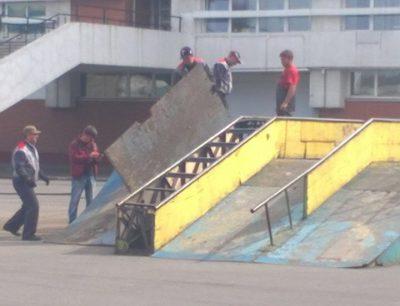 В Кемерове разбирают скейт-парк, где травмировался 10-летний ребёнок
