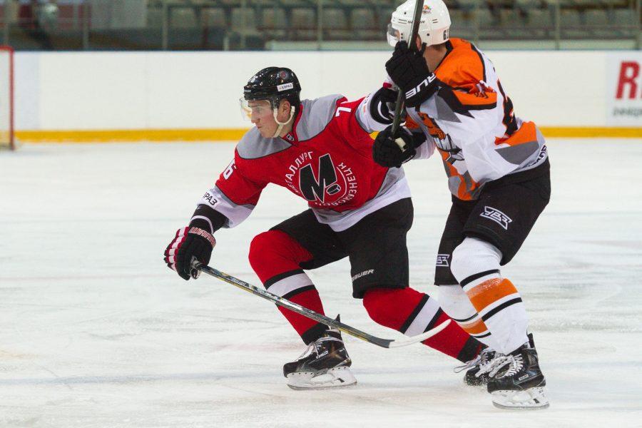 Новокузнецкий «Металлург» завершил первую серию домашних игр в ВХЛ с тремя победами