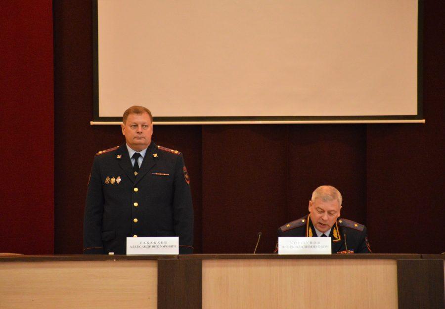Путин назначил новым заместителем начальникаГУ МВД Кузбасса Александра Табакаева