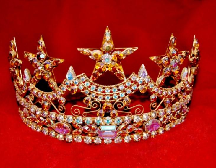 Из-за твита о менструации «Мисс Турция-2017» лишилась титула