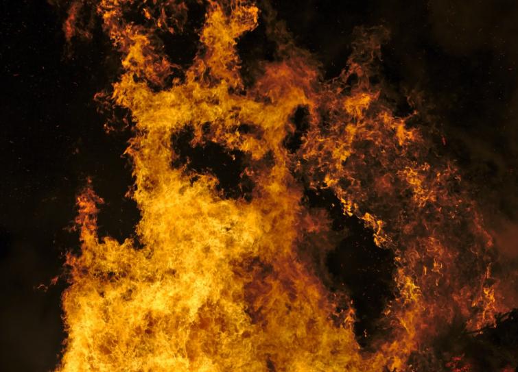 Под Кемеровом произошёл пожар в пассажирском автобусе