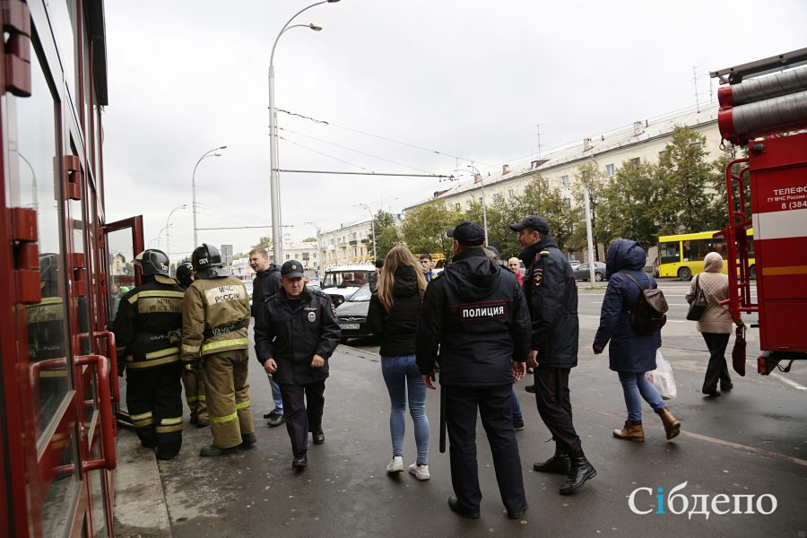 «Всё это давит напсихику»: Аман Тулеев прокомментировал массовые эвакуации вКемерове