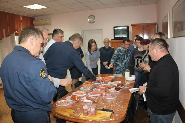 В кузбасской колонии планируют производить новые виды колбасных изделий