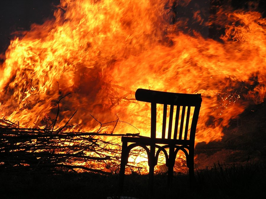 ВКузбассе впожаре в личном доме пострадали двое детей