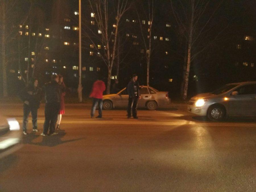 ВКемерове разогнавшийся шофёр иномарки сбил женщину напереходе