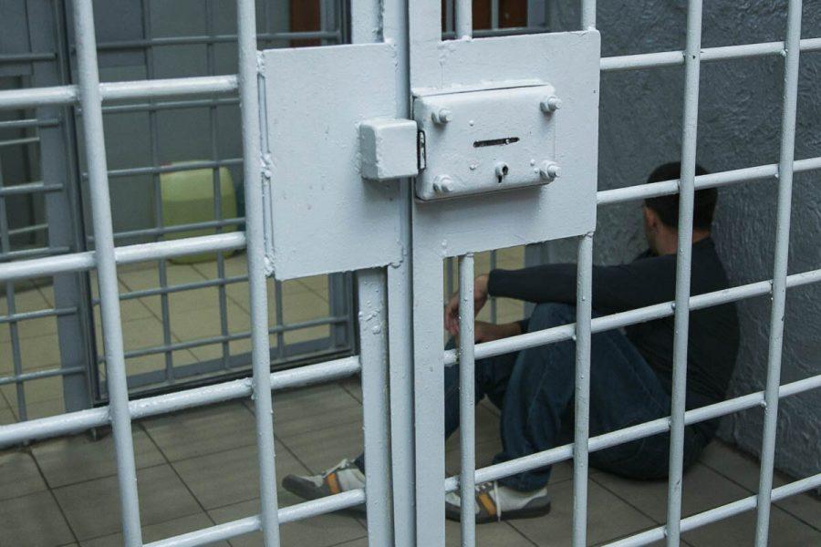 ВНовокузнецке педофил ограбил иизнасиловал школьницу