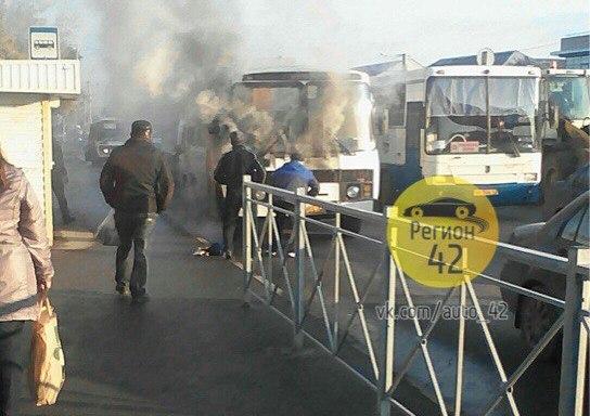 ВКемерове наКузнецком едва несгорела маршрутка