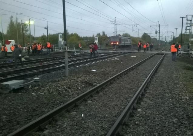 Видео: при столкновении поезда с автобусом под Владимиром погибли не менее 17 человек