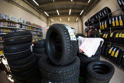 ГИБДД Кемерова призывает водителей «переобуть» авто в зимнюю резину