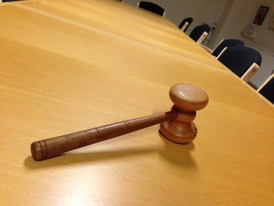 Владельца новокузнецкой торговой сети «Ваш Гастрономыч» привлекли к ответственности на 41 млн рублей